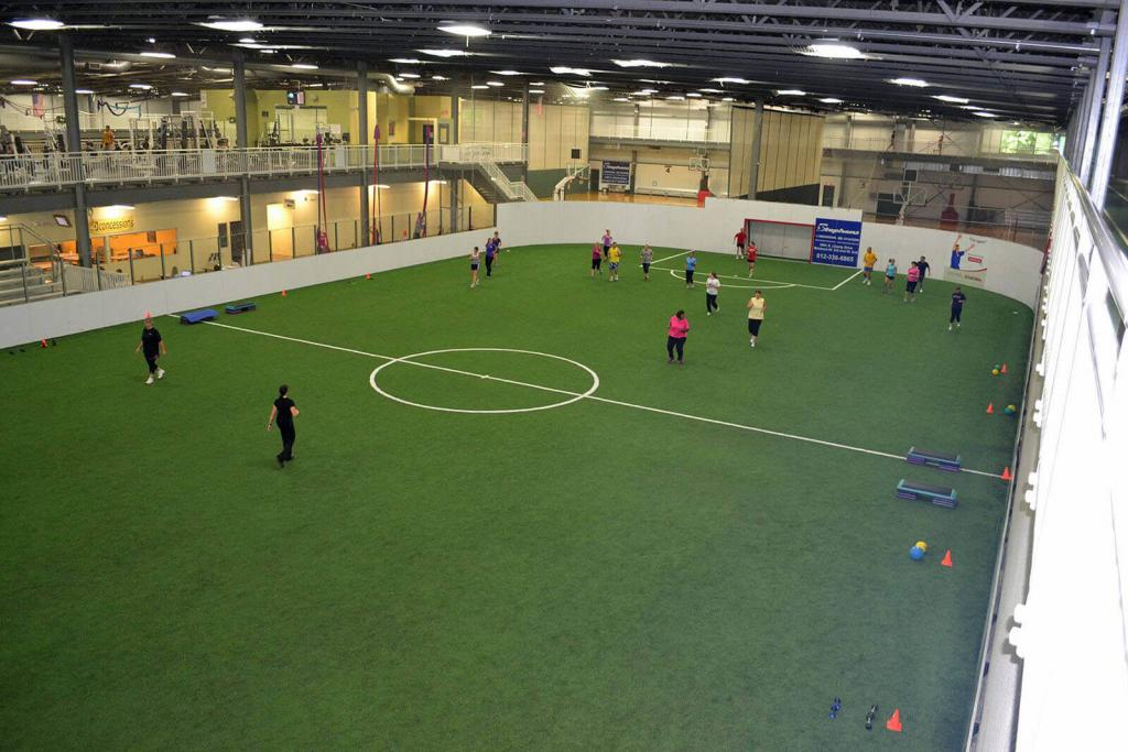 Bloomington Fitness - Indoor Turf Field