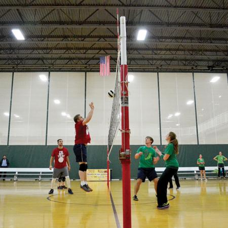 Bloomington Local Fitness Center - Drop-In Volleyball
